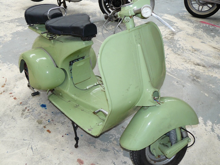 Acma vespa 125 de 1953 d 39 occasion motos anciennes de for Puntura vespa cane