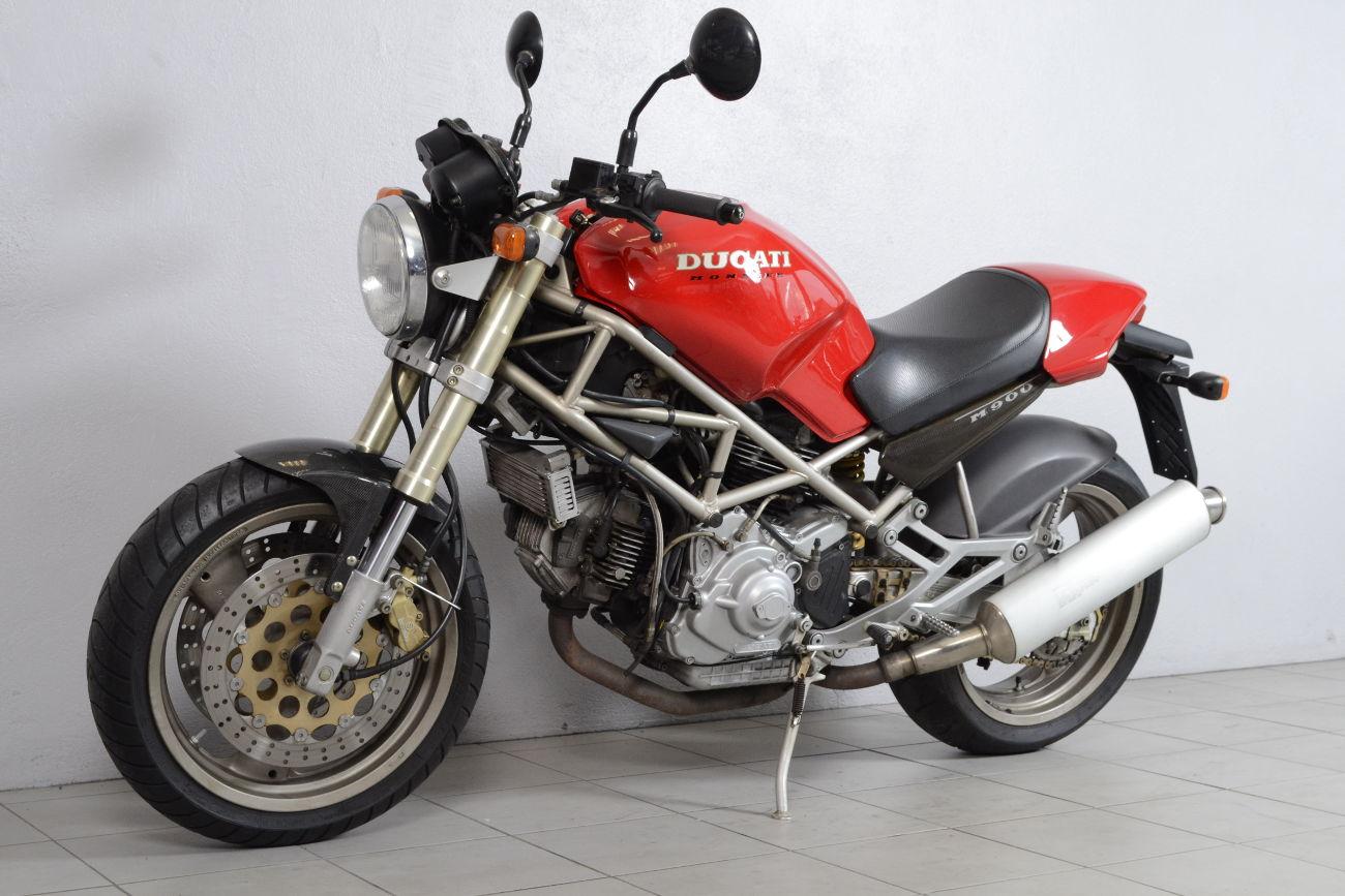 ducati 900 monster 2 de 1994 d 39 occasion motos. Black Bedroom Furniture Sets. Home Design Ideas