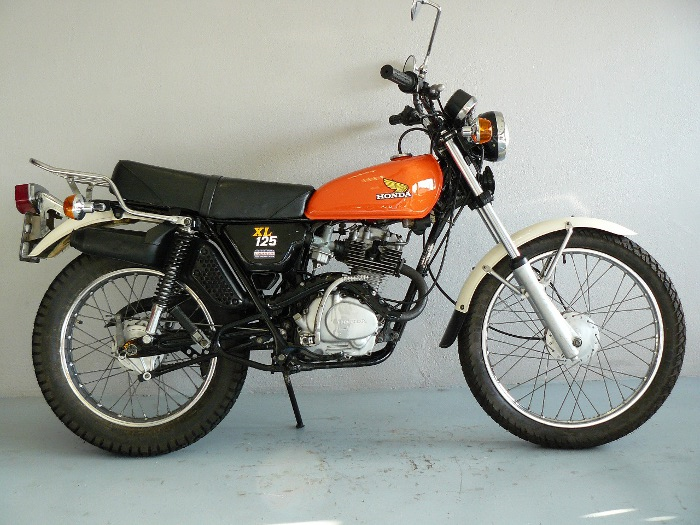 yamaha 125 xl de 1977 d 39 occasion motos anciennes de collection japonaise motos vendues. Black Bedroom Furniture Sets. Home Design Ideas