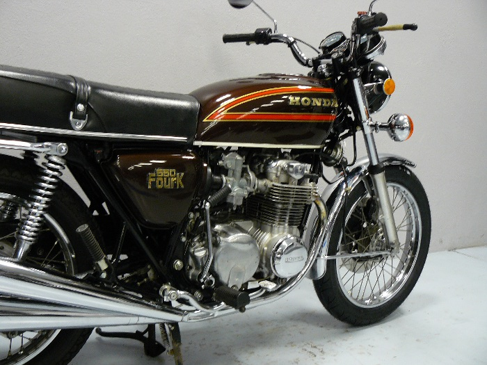 honda cb 550 de 1976 d 39 occasion motos anciennes de collection japonaise motos vendues. Black Bedroom Furniture Sets. Home Design Ideas