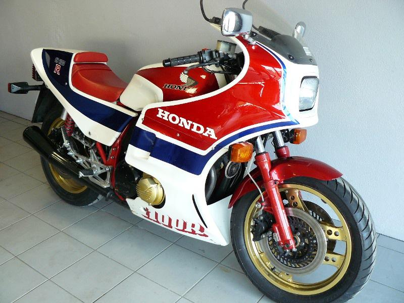 honda cb 1100 r de 1983 d 39 occasion motos anciennes de collection japonaise motos vendues. Black Bedroom Furniture Sets. Home Design Ideas
