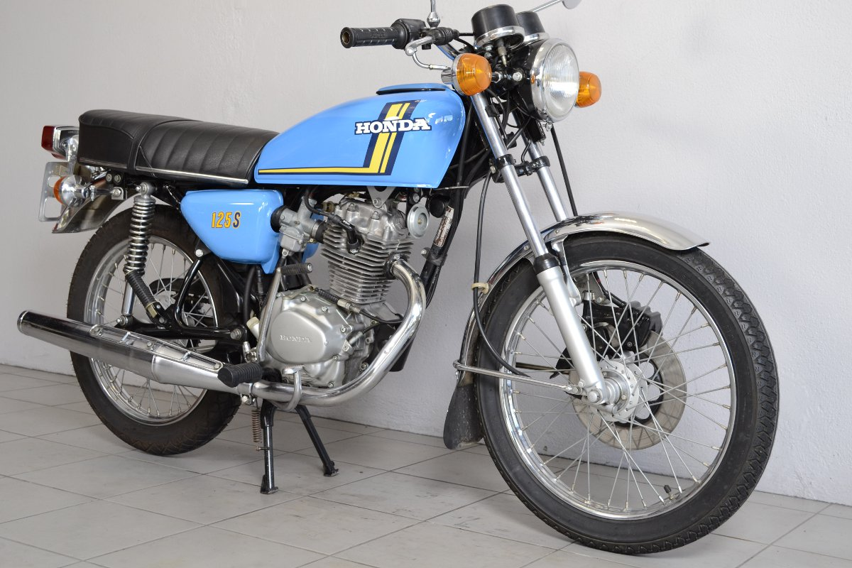 honda cb 125 s3 de 1976 d 39 occasion motos anciennes de collection japonaise motos vendues. Black Bedroom Furniture Sets. Home Design Ideas
