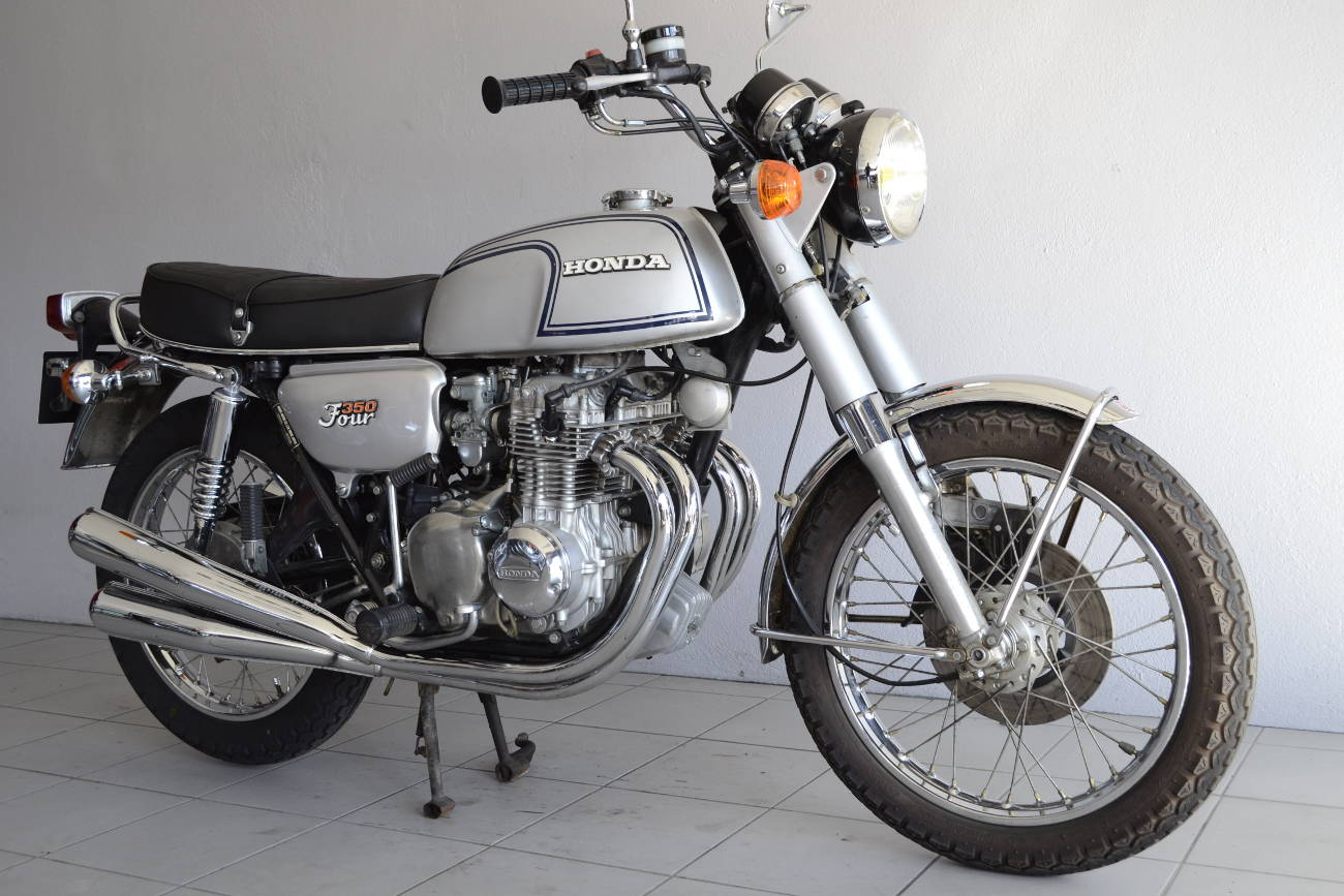 honda cb 350 four de 1974 d 39 occasion motos anciennes de collection japonaise motos vendues. Black Bedroom Furniture Sets. Home Design Ideas