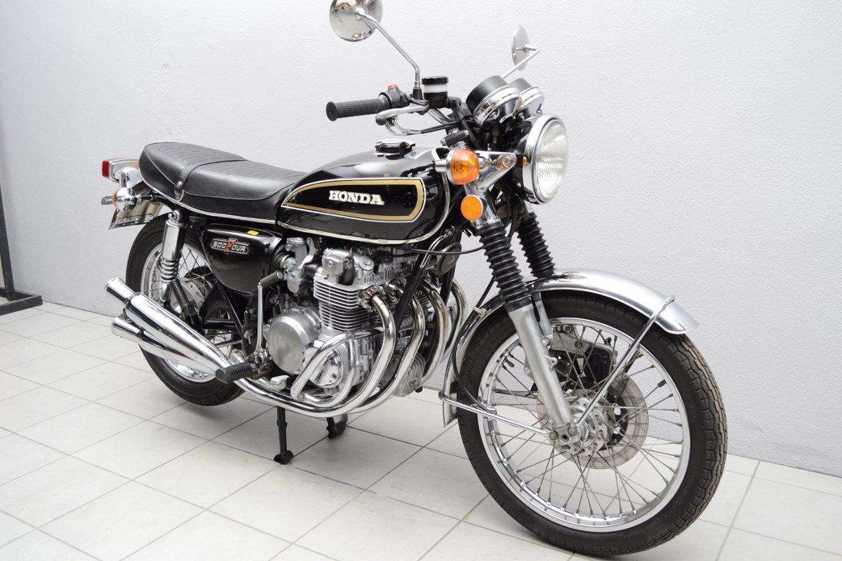 honda cb 500 k2 de 1977 d 39 occasion motos anciennes de collection japonaise motos vendues. Black Bedroom Furniture Sets. Home Design Ideas