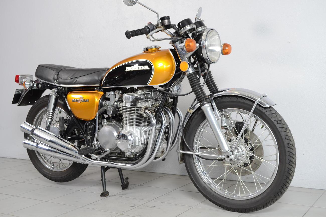 honda cb 500 k1 de 1974 d 39 occasion motos anciennes de collection japonaise motos vendues. Black Bedroom Furniture Sets. Home Design Ideas