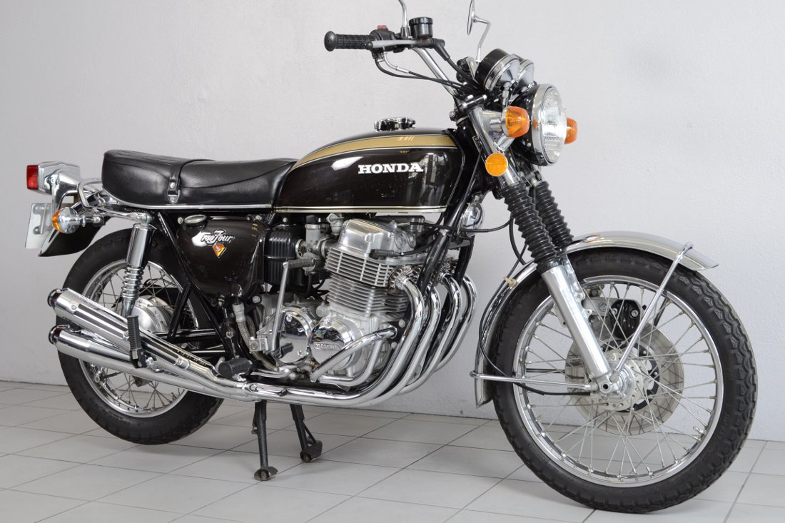 honda cb 750 k2 de 1973 d 39 occasion motos anciennes de collection japonaise motos vendues. Black Bedroom Furniture Sets. Home Design Ideas
