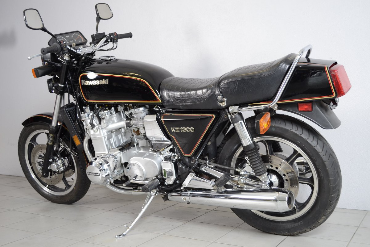 kawasaki z 1300 de 1981 d 39 occasion motos anciennes de collection japonaise motos vendues. Black Bedroom Furniture Sets. Home Design Ideas