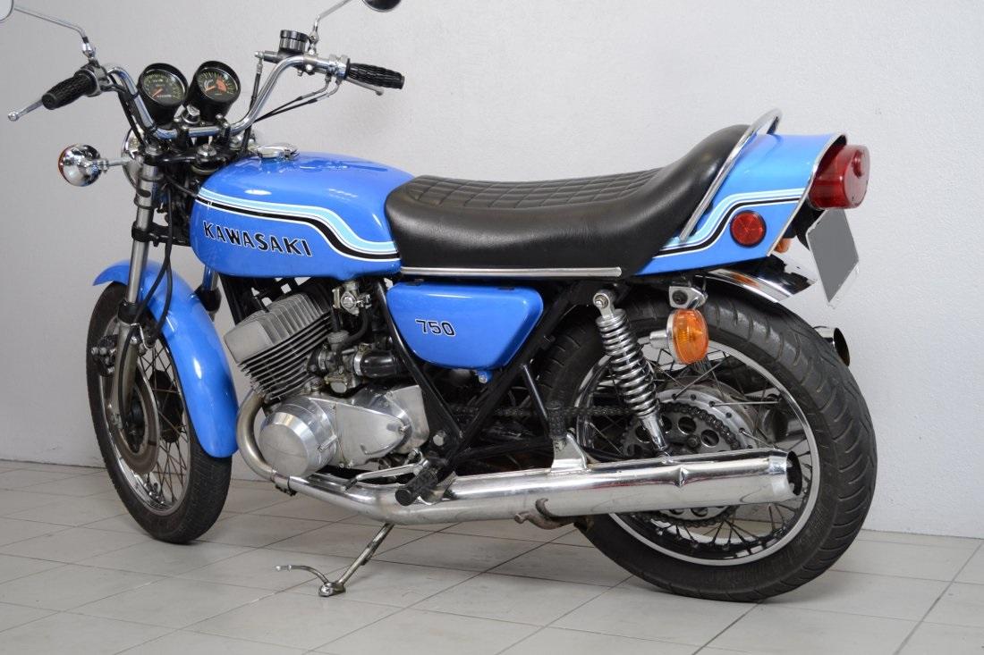 kawasaki 750 h2 de 1973 d 39 occasion motos anciennes de collection japonaise motos vendues. Black Bedroom Furniture Sets. Home Design Ideas
