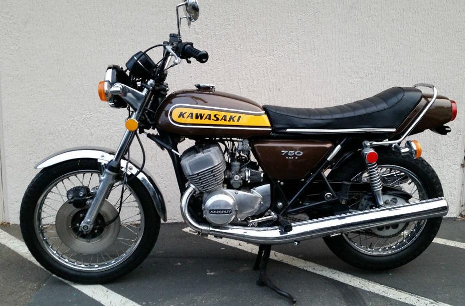 kawasaki 750 h2 b de 1974 d 39 occasion motos anciennes de collection japonaise motos vendues. Black Bedroom Furniture Sets. Home Design Ideas