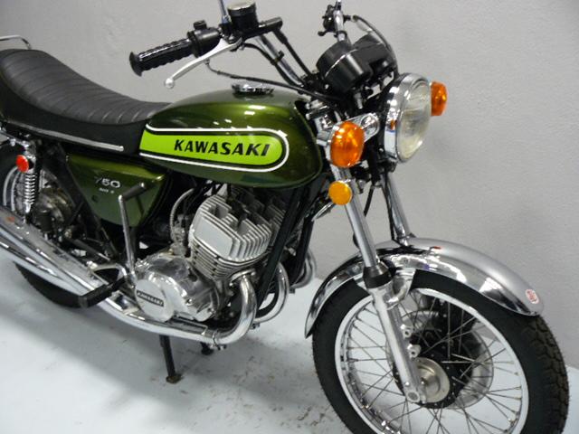 kawasaki 750 h2 b de 1974 d 39 occasion motos anciennes de collection japonaise ann es 70. Black Bedroom Furniture Sets. Home Design Ideas