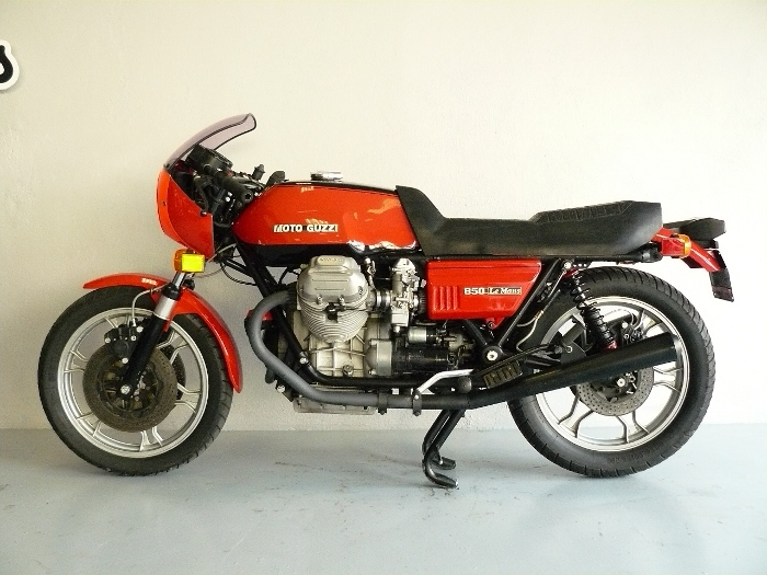 moto guzzi le mans 1 de 1977 d 39 occasion motos anciennes de collection italienne motos vendues. Black Bedroom Furniture Sets. Home Design Ideas