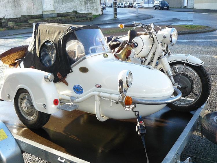 side car bmw r69 watsonian monza de 1960 d 39 occasion motos anciennes de collection allemande. Black Bedroom Furniture Sets. Home Design Ideas