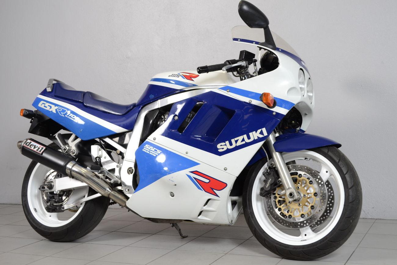 suzuki 1100 gsxr de 1989 d 39 occasion motos anciennes de collection japonaise motos vendues. Black Bedroom Furniture Sets. Home Design Ideas
