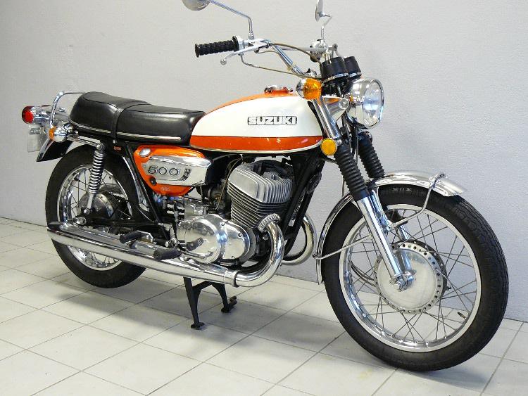 suzuki t500 j de 1972 d 39 occasion motos anciennes de collection motos vendues. Black Bedroom Furniture Sets. Home Design Ideas