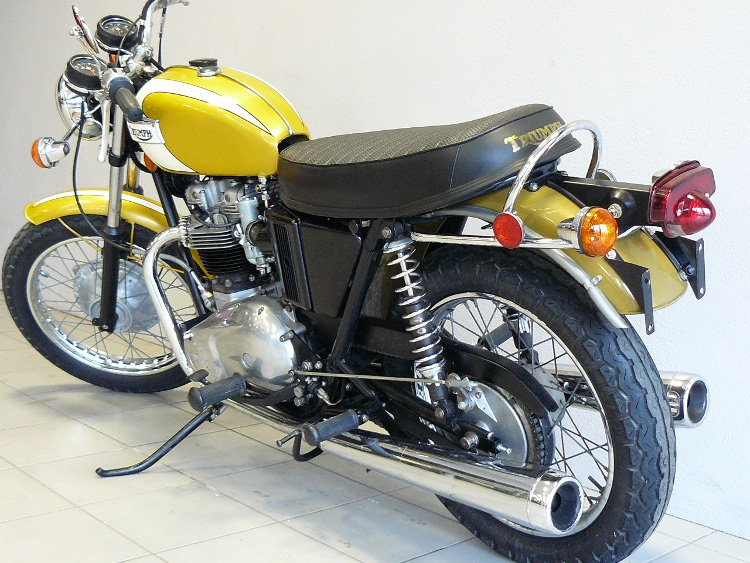 triumph bonneville t120 rv de 1972 d 39 occasion motos anciennes de collection anglaise motos vendues. Black Bedroom Furniture Sets. Home Design Ideas