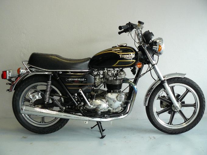 triumph bonneville 750 sp cial de 1979 d 39 occasion motos anciennes de collection anglaise motos. Black Bedroom Furniture Sets. Home Design Ideas