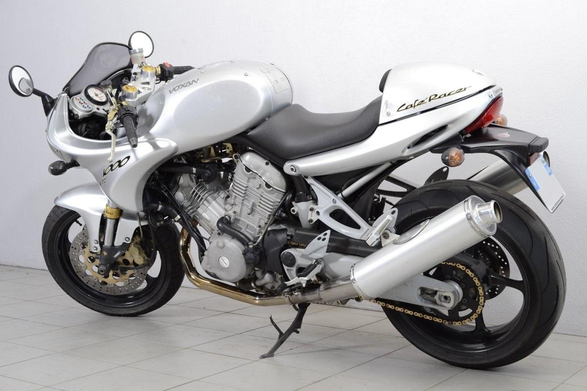 voxan caf racer de 2001 d 39 occasion motos anciennes de collection motos vendues. Black Bedroom Furniture Sets. Home Design Ideas