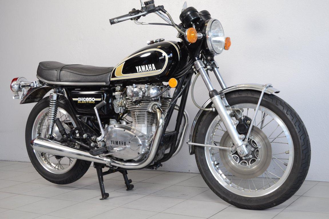 yamaha 650 xs 447 de 1975 d 39 occasion motos anciennes de collection japonaise motos vendues. Black Bedroom Furniture Sets. Home Design Ideas