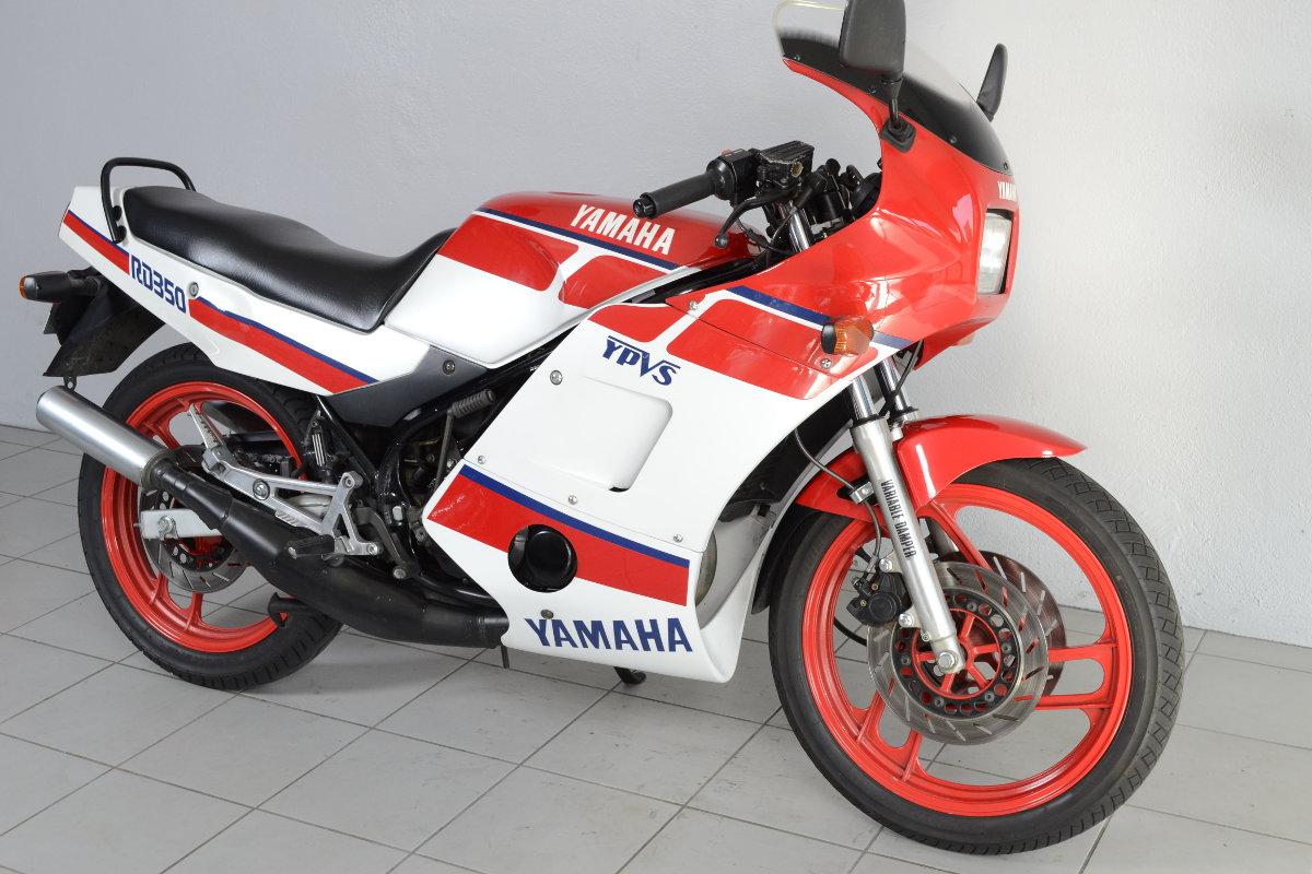 yamaha rdlc 350 1wt de 1986 d 39 occasion motos anciennes de collection japonaise motos vendues. Black Bedroom Furniture Sets. Home Design Ideas